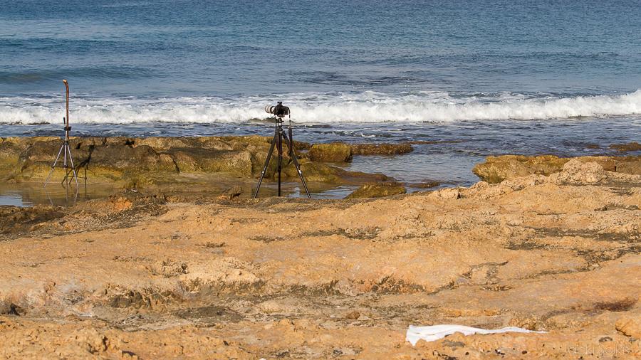 """המקל, המצלמה והמיקום שלי (על השמיכה) סה""""כ 25 מ' מהשלדג"""